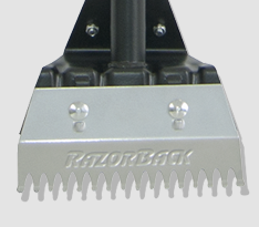 Replaceable notched blade
